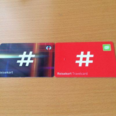 Reisekort(左) Ukeskort(右)